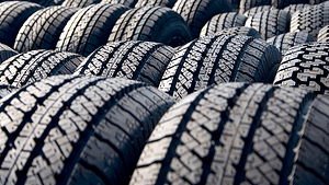 Must-Have Feature In Car Tyres For Safe Driving-thatviralfeedcdn