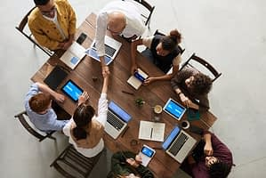 Manage Your Business Meetings With Conference Calls-thatviralfeedcdn