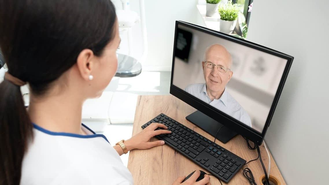 Intro-to-Telehealth-small-thatviralfeedcdn
